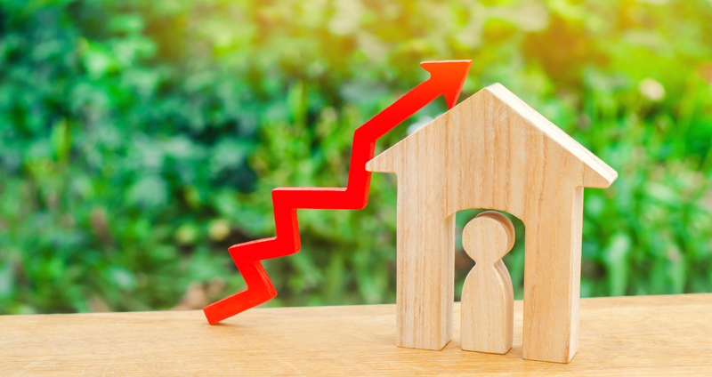 How to Navigate Today's Crazy Housing Market